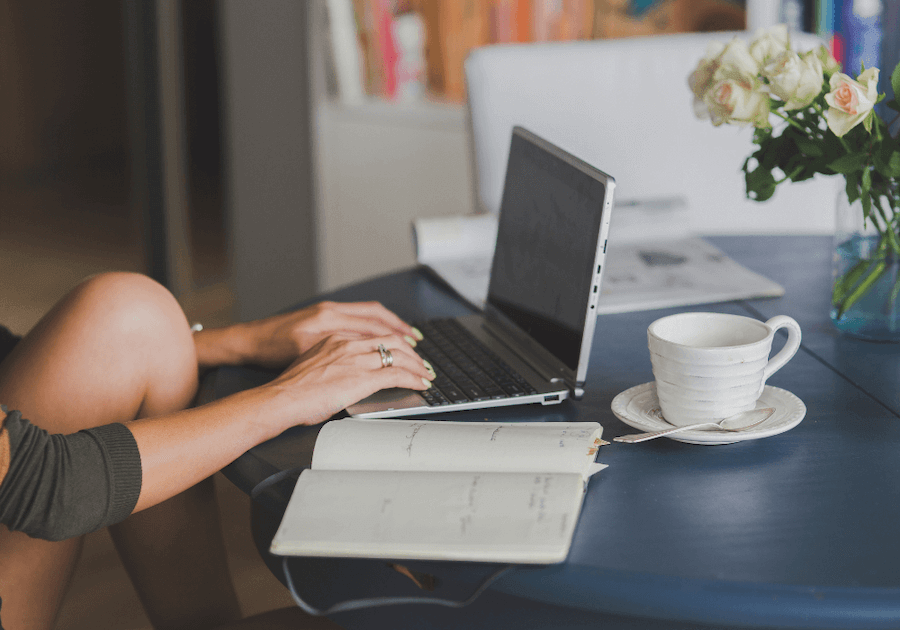 woman typing on computer mindfulness blogs